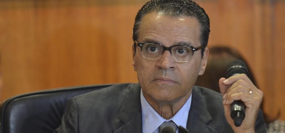 [Polícia Federal prende dois assessores do ex-ministro do Turismo Henrique Eduardo Alves]