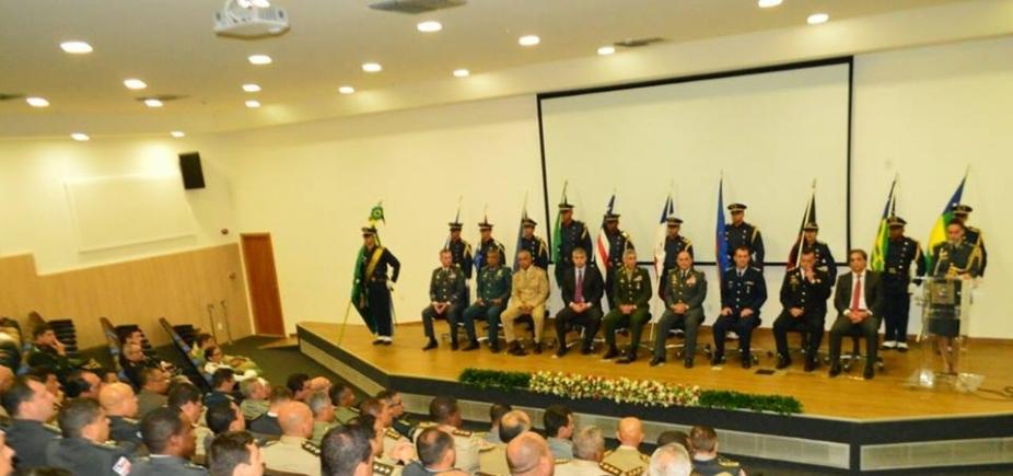 [1º Encontro de Comandantes Gerais das Polícias e Corpos de Bombeiros Militares do Nordeste é realizado em Salvador]