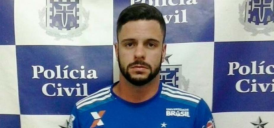 [Carioca com mandado de prisão por agredir idoso no Rio é preso em Salvador ]