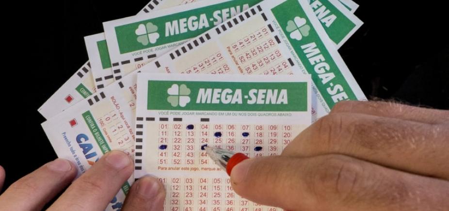 [Mega-Sena pode pagar R$ 20 milhões neste sábado]