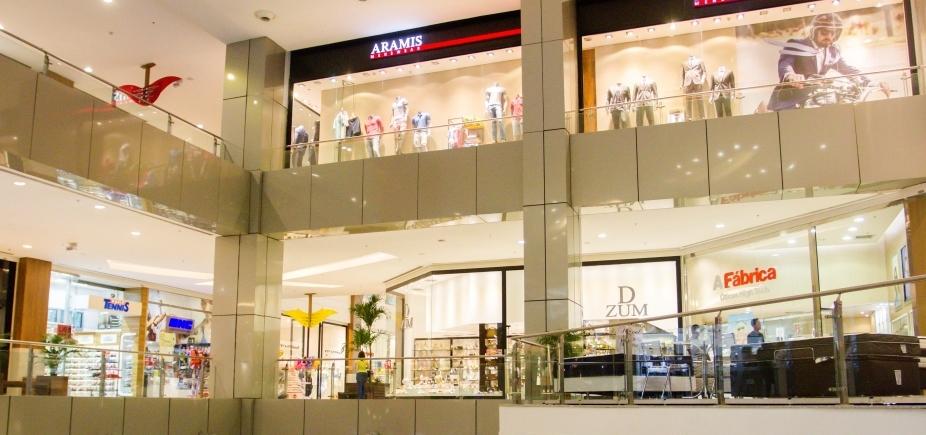 [200 lojas foram fechadas em shoppings de Salvador em 2016, diz presidente da Fecomércio-BA ]