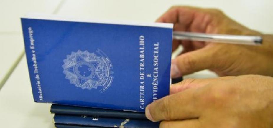 [Pesquisa do IBGE indica recuo do desemprego no Brasil; taxa está em 12,4%]