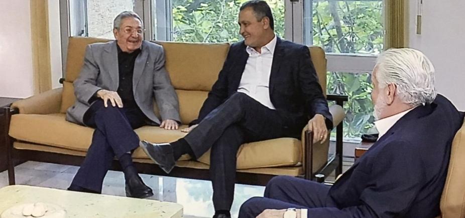 [Em Cuba, Rui se reúne com o presidente Raul Castro: \