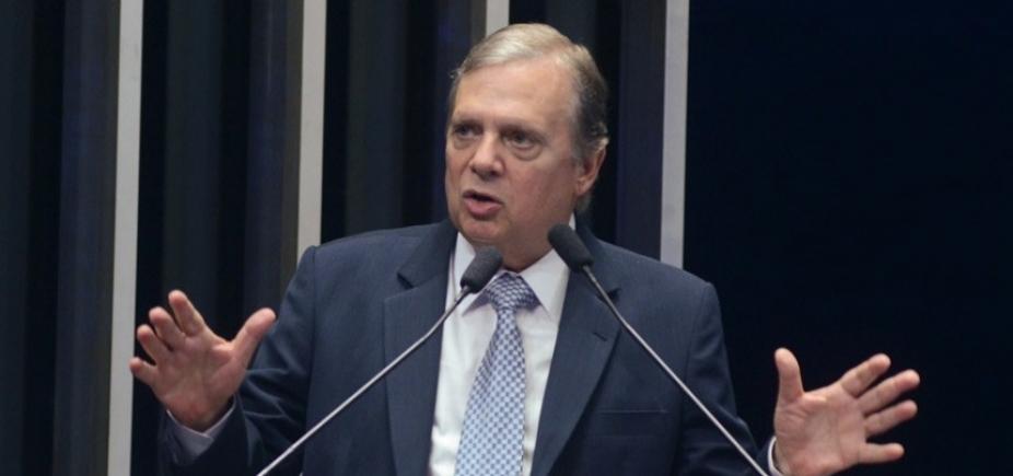 [Tasso Jereissati sinaliza que vai disputar presidência do PSDB, diz blog ]