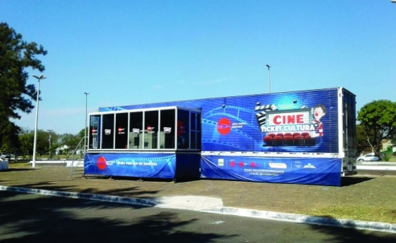 Cinema itinerante oferece exibições gratuitas nos dias 4 e 5 no Parque da Cidade