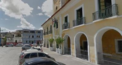 Prefeitura de Santo Amaro atrasa pagamento a fornecedor e coleta é paralisada na cidade