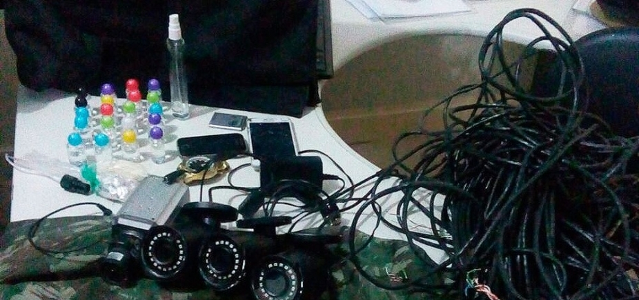 [Dois são presos após esquema de videomonitoramento do tráfico ser descobero em Salvador]