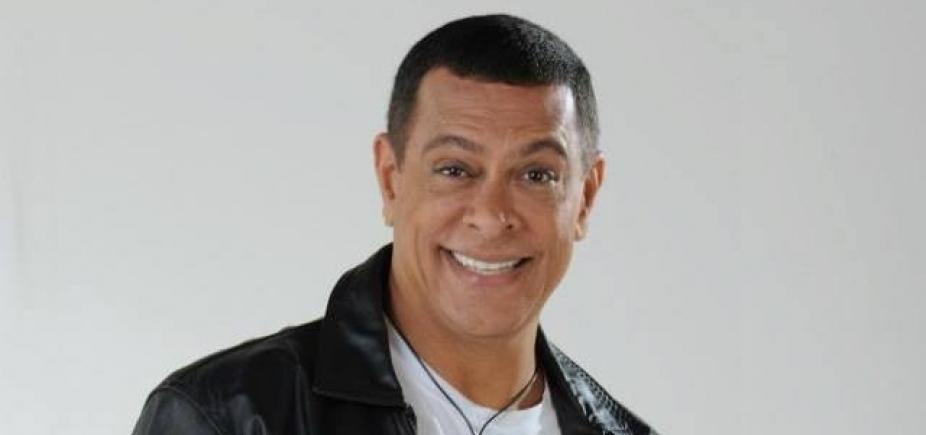 [Figurino de Renato Piaba é roubado após apresentação em Feira de Santana; prejuízo é de R$ 8 mil]
