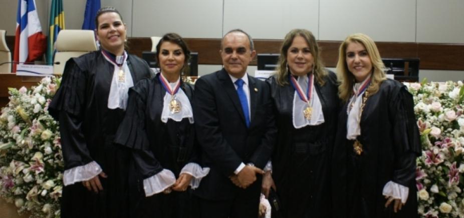 [TRT da Bahia empossa Maria de Lourdes Linhares como nova presidente ]