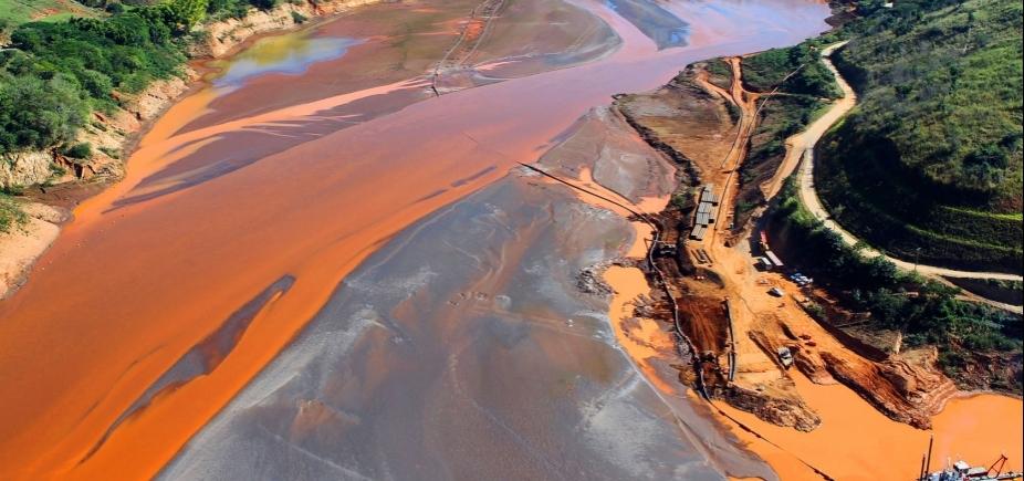 [Dois anos após tragédia em Mariana, águas do Rio Doce continuam impróprias para consumo]