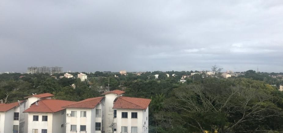 [Salvador tem tempo nublado e chance de chuva até quinta-feira; veja]