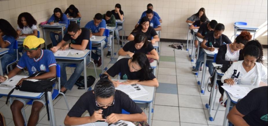 [Base Nacional Comum Curricular do ensino médio só será concluída em 2018]