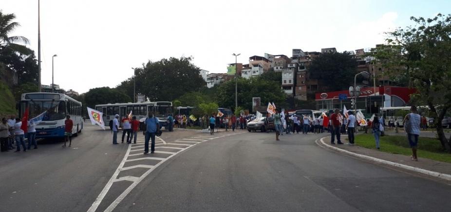 [Protesto contra reforma trabalhista congestiona vias de Salvador; confira trânsito ]