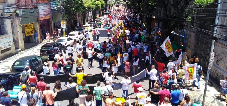 [Caminhada contra reforma trabalhista congestiona Centro de Salvador; veja]