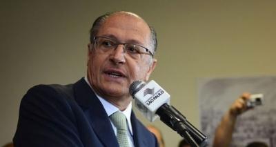 Alckmin minimiza possibilidade de se candidatar à presidência do PSDB: ʹVamos aguardarʹ