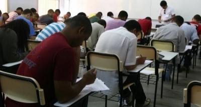 Secretaria da Educação da Bahia abre concurso com 3,7 mil vagas; salários chegam a R$ 2.890