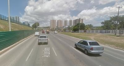Por conta de instalação de passarela, Av. Paralela será interditada