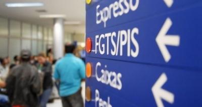 Trabalhador nascido em novembro pode sacar abono do PIS a partir de sexta