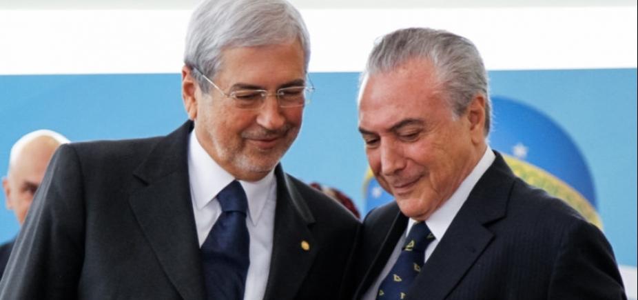 [Após demissão de ministro, Temer reúne tucanos para discutir situação do PSDB]