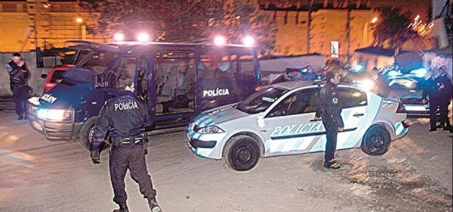 [Brasileira é morta por engano pela polícia em Lisboa; 30 tiros foram disparados]