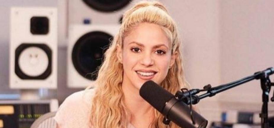 [Com hemorragia na garganta, Shakira cancela shows e agradece apoio dos fãs]