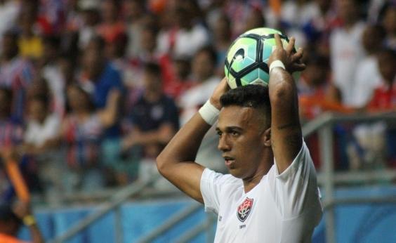 Vitória perde de virada para Chapecoense por 2 a 1
