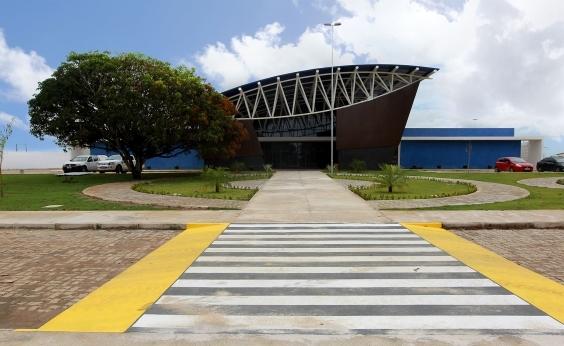 Primeira policlínica regional é inaugurada em Teixeira de Freitas