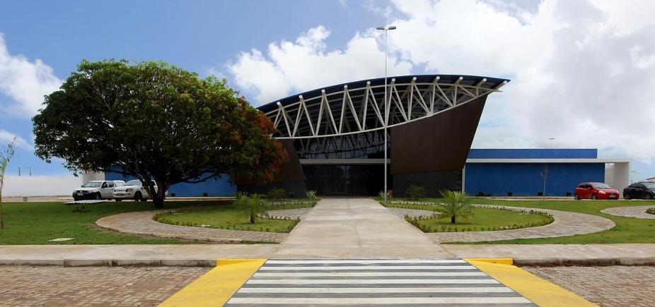 [Primeira policlínica regional é inaugurada em Teixeira de Freitas]