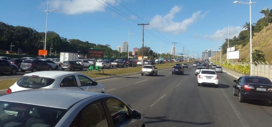 [Cidade Baixa e Av. Paralela têm tráfego lento nesta sexta; confira trânsito ]