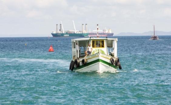 Maré baixa suspende temporariamente travessia Salvador-Mar Grande