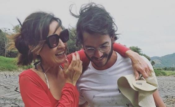 Fátima Bernardes posa em mangue com o namorado Túlio Gadelha e ganha elogio: Parceira