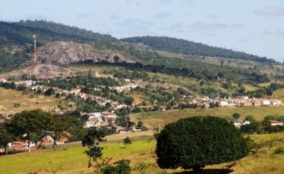 Governo entrega trecho recuperado de rodovia em Lafaiete Coutinho