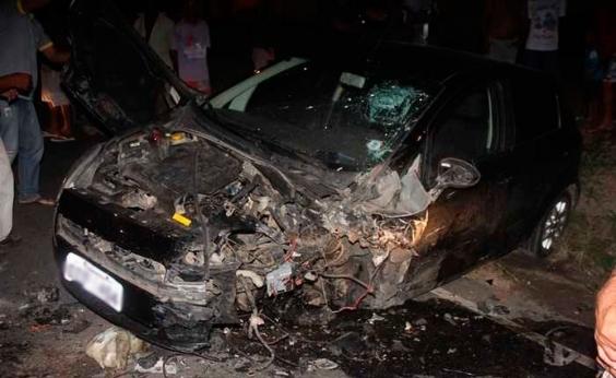 Motorista morre e outro fica ferido após acidente entre dois carros em Valente