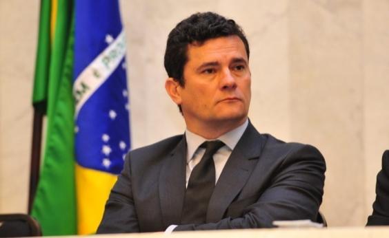 Moro é vaiado em congresso de procuradores municipais em Curitiba