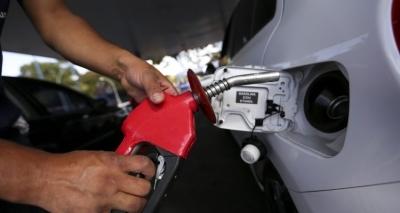 Petrobras aumenta preço da gasolina em 1,8% a partir de terça-feira