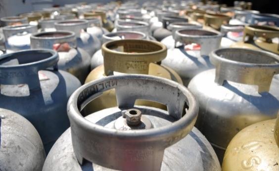 Petrobras anuncia novo reajuste no preço do gás de cozinha a partir desta terça