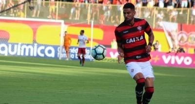 Após volante do Bahia, Corinthians mira atacante do Vitória