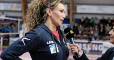 Superliga feminina de vôlei terá primeira jogadora transexual