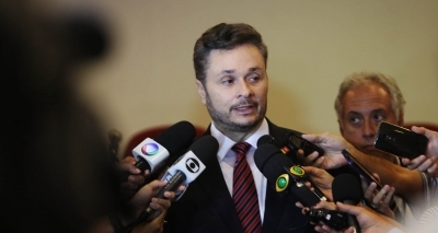 Empréstimo: secretário critica 'fórmula mágica' do Tesouro e reforça tese de boicote