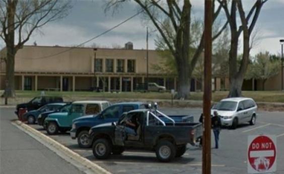 Pelo menos três pessoas são mortas em tiroteio em escola dos EUA