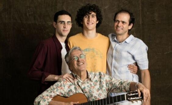 Caetano, Moreno, Zeca e Tom Veloso se apresentam na Concha Acústica em janeiro