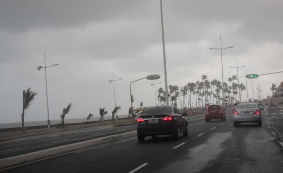 Marinha alerta para tempestade subtropical e ventos de mais de 100km/h na Bahia