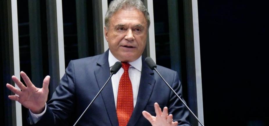 [Álvaro Dias critica falta de discussão sobre Previdência: ʹNão tem credibilidadeʹ]