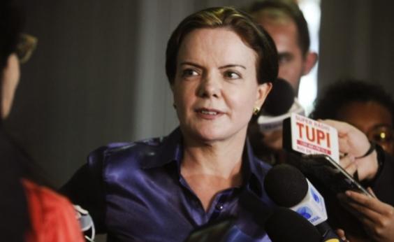 Petrobras pede que Gleisi Hoffmann devolva R$ 1 milhão à empresa
