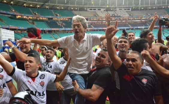 ʹNão me fiz candidato, a torcida que pediuʹ, diz Raimundo Viana