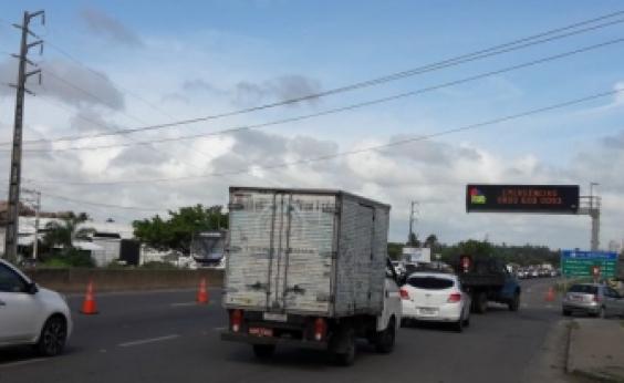 Após acidente, trânsito é liberado na CIA-Aeroporto sentido Simões Filho
