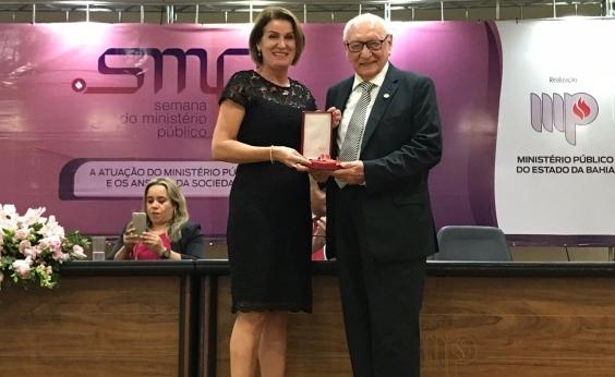 Fundação José Silveira recebe Medalha do MP por defesa dos interesses sociais