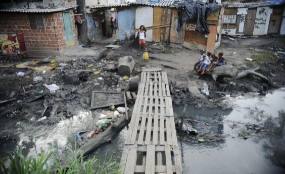 Brasil tem 24,8 milhões de brasileiros em condições de pobreza extrema