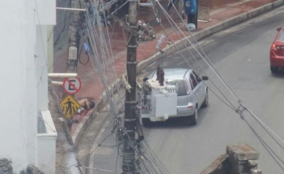 Perseguição policial deixa duas pessoas baleadas na Barroquinha