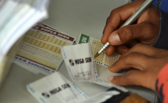 Ninguém acerta e Mega-Sena acumula em R$ 43 milhões
